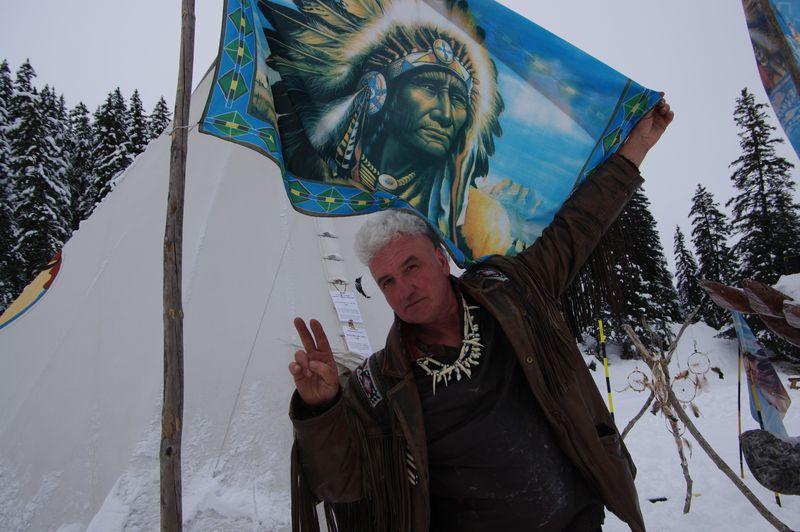 Loup gris vous salue pour 2014